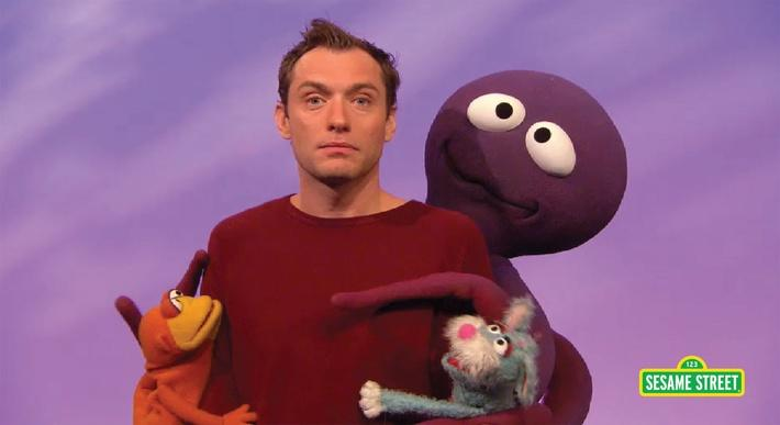 Jude Law: Cling | Sesame Street