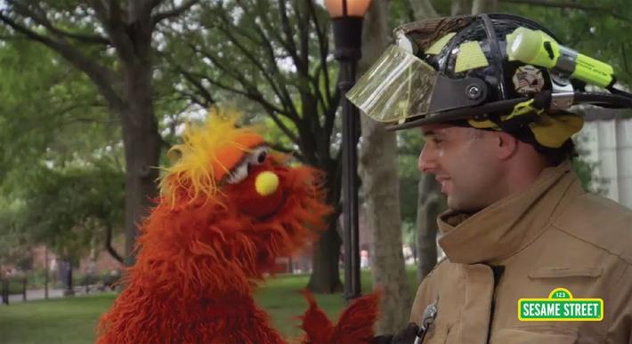 Word on the Street: Observe with Murray | Sesame Street