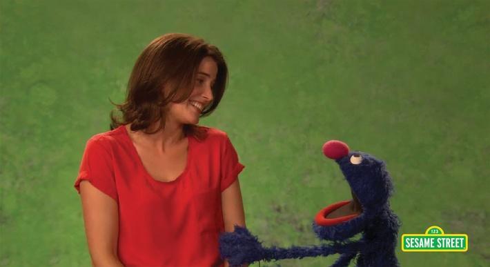 Cobie Smulders: Courteous | Sesame Street