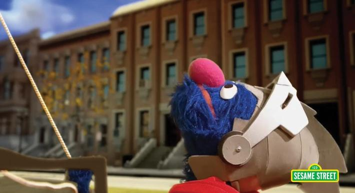 Super Grover 2.0: Pulleys | Sesame Street