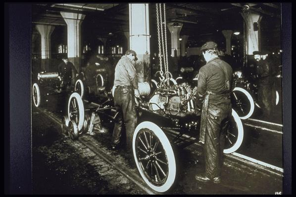 FORD ASSEMBLY LINE, 1900 | Industrial Revolution