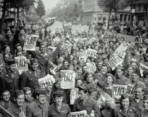AMERICAN SERVICE MEN AND WOMEN | World War II