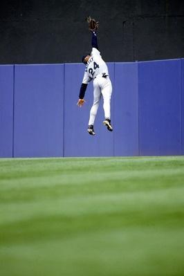 Ken Griffey Jr. of the Seattle Mariners | Ken Burns: Baseball - The Tenth Inning