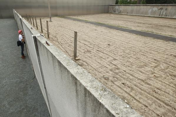 Berlin Wall 50th Anniversary Nears   Berlin Wall   The 20th Century Since 1945: Postwar Politics