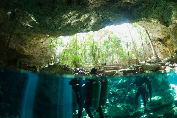 Cenote Kukulcan - Yucatan Peninsula, Mexico | Earth's Surface