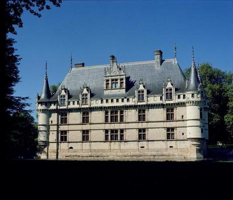 General view of the Chateau d'Azay-le-Rideau, built for Gilles Bertholet, 1518-27