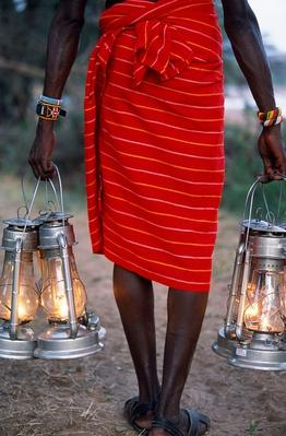 Kerosene Lanterns Light the Pathway to Your Tent | Earth's Resources