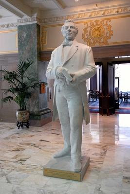 Statue of Joseph Smith of The Church of Jesus Christ of Latter-day Saints | World Religions: Mormonism
