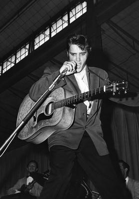 Elvis Presley | 20th Century Music Icons