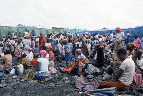 Clinic at Mugunga camp in Zaire, Africa | Remembering the Rwandan Genocide