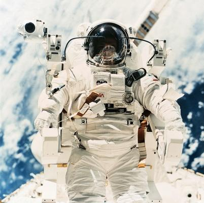 Astronaut Robert L. Stewart | NASA Missions and Milestones in Space Flight