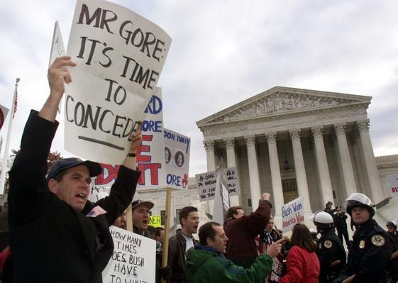 Demonstrations Outside the U.S. Supreme Court | U.S. Presidential Elections: 2000