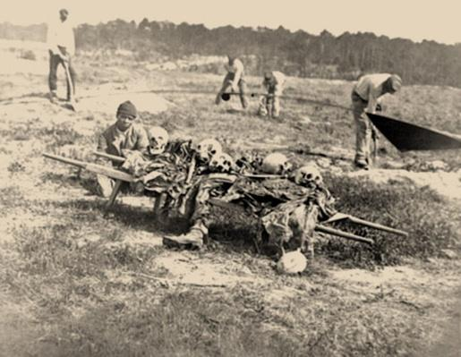 African-Americans Collecting Bones Of Soldiers Killed In Battle | Ken Burns: The Civil War