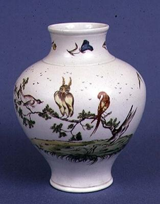 Chelsea vase of broad baluster shape decorated with birds probably painted by O'Neale, c.1752