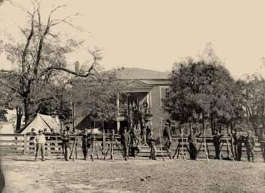 Federal Soldiers at Appomattox Court House | Ken Burns: The Civil War