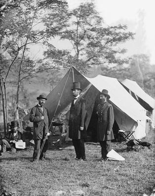 Allan Pinkerton Group With Abraham Lincoln, 1862 | Ken Burns: The Civil War