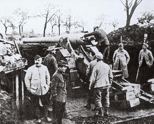 A French '155' at Verdun, c.1916