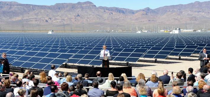 President Obama Visits Largest Photovoltaic Plant in U.S | Earth's Resources