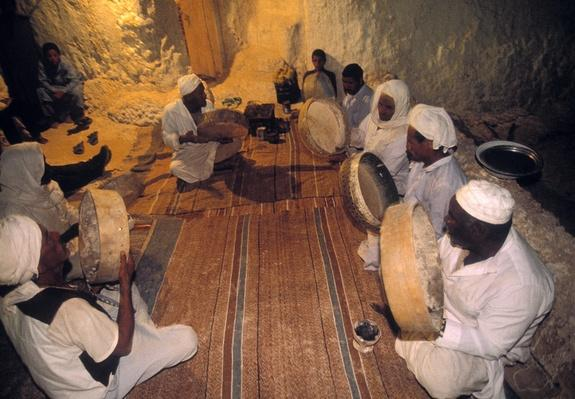 Sufi congregation at Siwa in the Libyan desert, Egypt | Musical Instruments