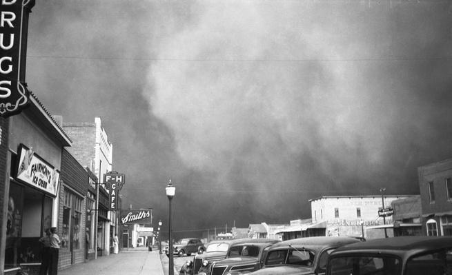 Dust Storm Over Elkhart, Kansas | Ken Burns: The Dust Bowl