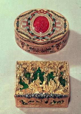 Gold snuffbox