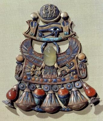 Pectoral with a bird-scarab, from the tomb of Tutankhamun