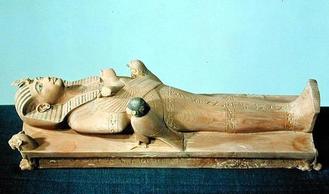 Image of the king on his funerary bed, from the tomb of Tutankhamun