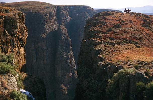 Maletsunyane Gorge Basalt Canyon, Semongkong Region, Lesotho | Earth's Surface