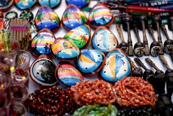 Ocarinas, pipas, collares de Venezuela | Musical Instruments
