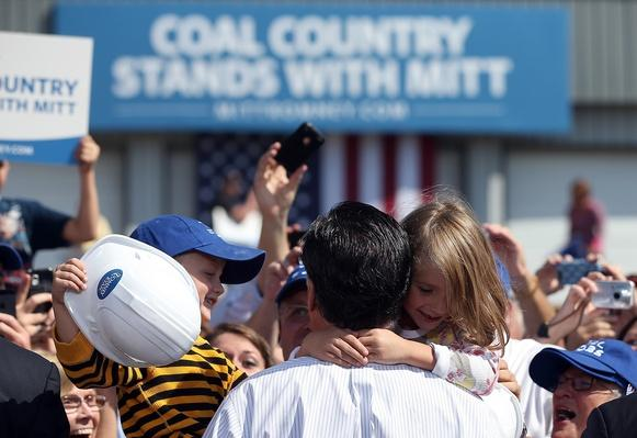 Mitt Romney Campaigns In Virginia Coal Country | U.S. Presidential Elections 2012