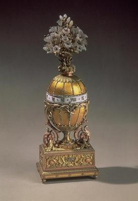 Easter Egg in the Form of a Vase Containing Flowers, 1899
