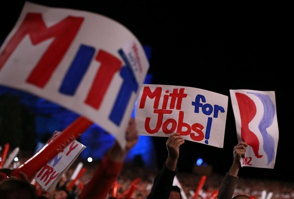 GOP Presidential Candidate Mitt Romney Campaigns Day After Final Debate | U.S. Presidential Elections 2012