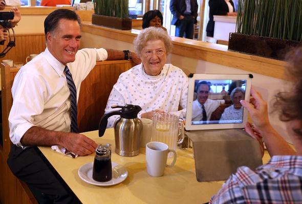 Candidate Mitt Romney Campaigns In Crucial Swing States | U.S. Presidential Elections 2012