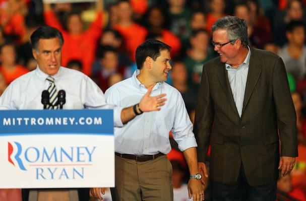Mitt Romney Campaigns Throughout Florida | U.S. Presidential Elections 2012