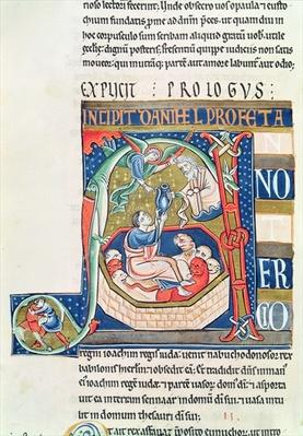 Ms 1 fol.185v Historiated initial 'A' depicting Daniel in the Lions' Den, from the Souvigny Bible