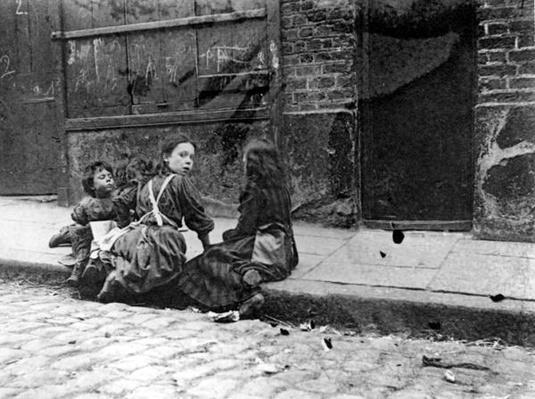 London Slums, Twine Court