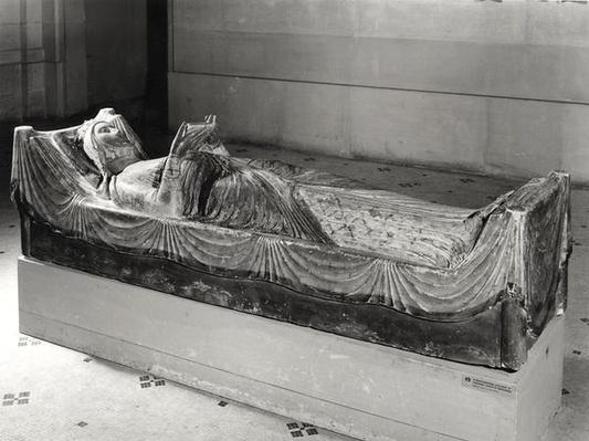Effigy of Eleanor of Aquitaine