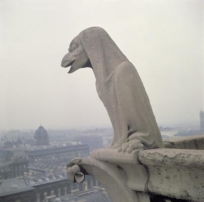 Gargoyle on the balustrade of the Grande Galerie, replica of a 12th century original