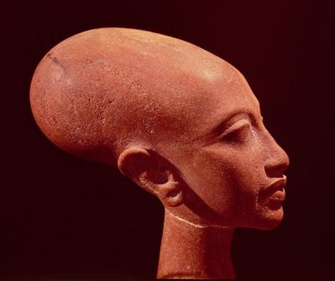 Portrait bust of a daughter of King Akhenaten