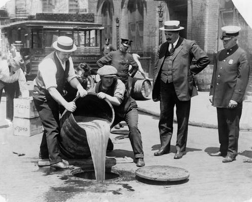 Prohibition Raid | Ken Burns: Prohibition