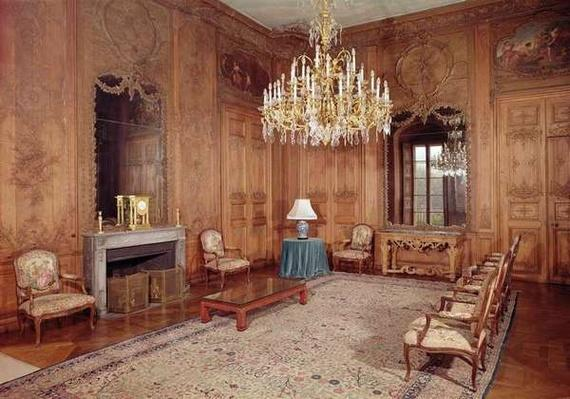 The Great Lounge with woodwork attributed to Verbeck and Louis XV period furniture signed by D. Delant and F. Folliot, 1730-36