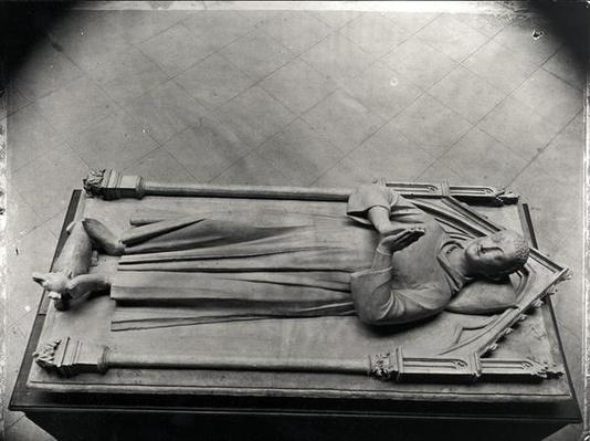 Funeral statue of Louis de France