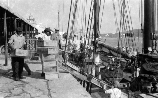Loading Whiskey, Bermuda | Ken Burns: Prohibition