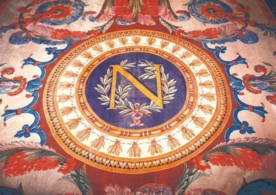 Central detail of a rug with the 'N' of Napoleon I