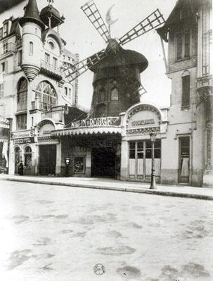 The Moulin Rouge in Paris, 1921