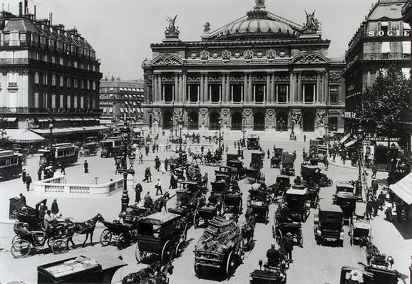 Traffic in front of the Paris Opera House, 1890-99