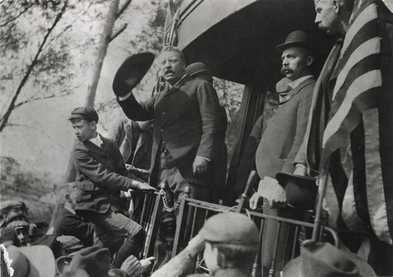 Theodore Roosevelt On The Campaign Trail | Ken Burns: The Roosevelts