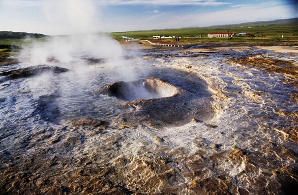 Solfatara Near Lake Mivatn, Iceland | Earth's Surface