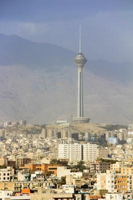 Milad Tower standing tall | Monuments and Buildings