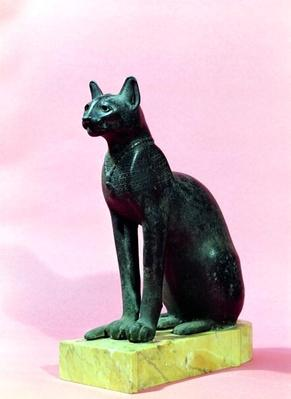 Sculpture of a cat, Late Period